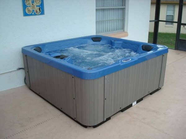 The Hot Tub - ready for action!!